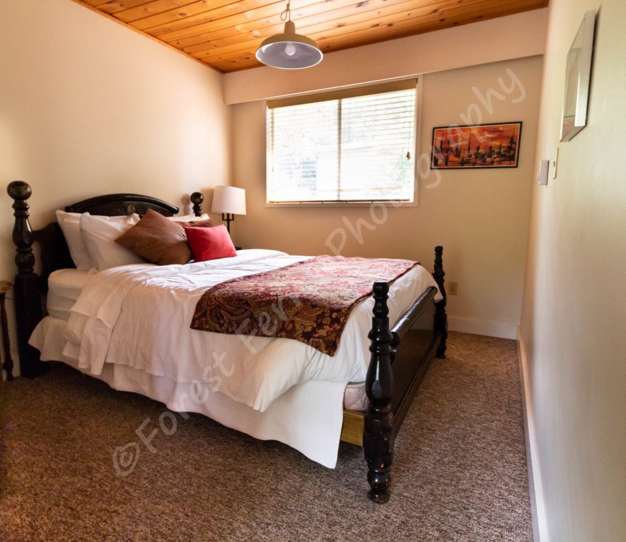 cabin-20-queenroom