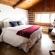 surf-lodge-1-queen-room-2-001