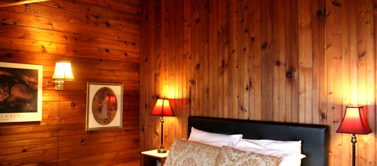 surf-lodge-2-queen-room-3-001