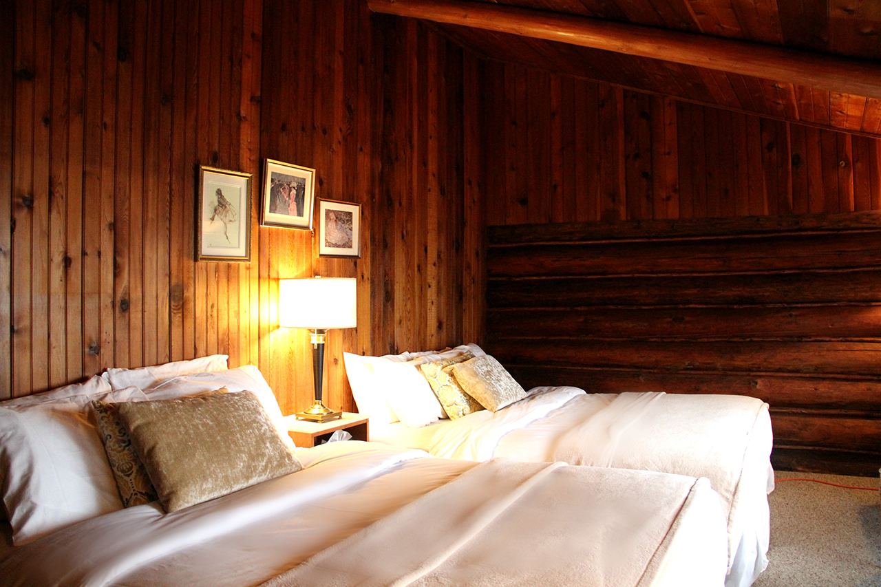 surf-lodge-2-queen-room-3-002